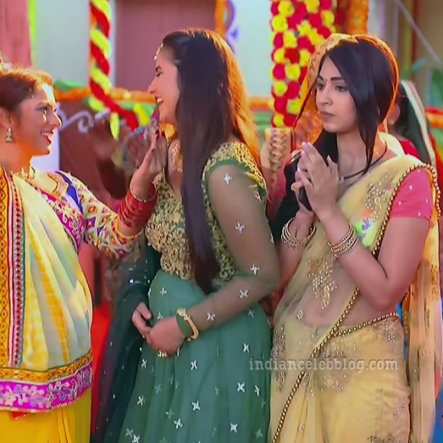 Vidhi pandya hindi tv actress udaan S4 4 hot sari photo