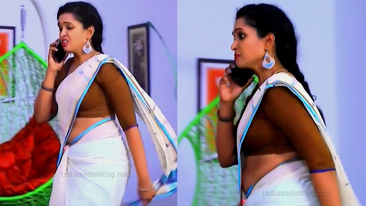 Apoorva bharadwaj kannada tv actress S2 6 sari pics