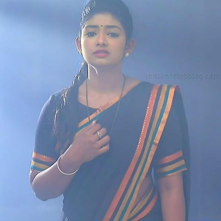 Bhoomi shetty kinnari kannada tv actress S4 3 saree photo