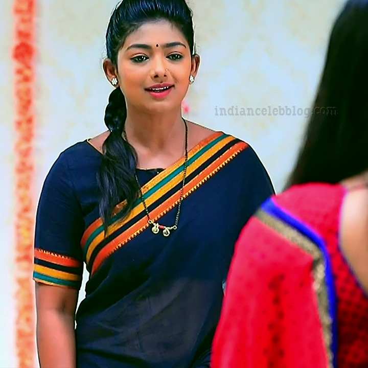 Bhoomi shetty kinnari kannada tv actress S4 5 saree photo