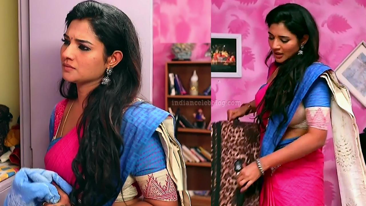 Sharanya turadi nenjam marppathillai actress S1 10 sari pics