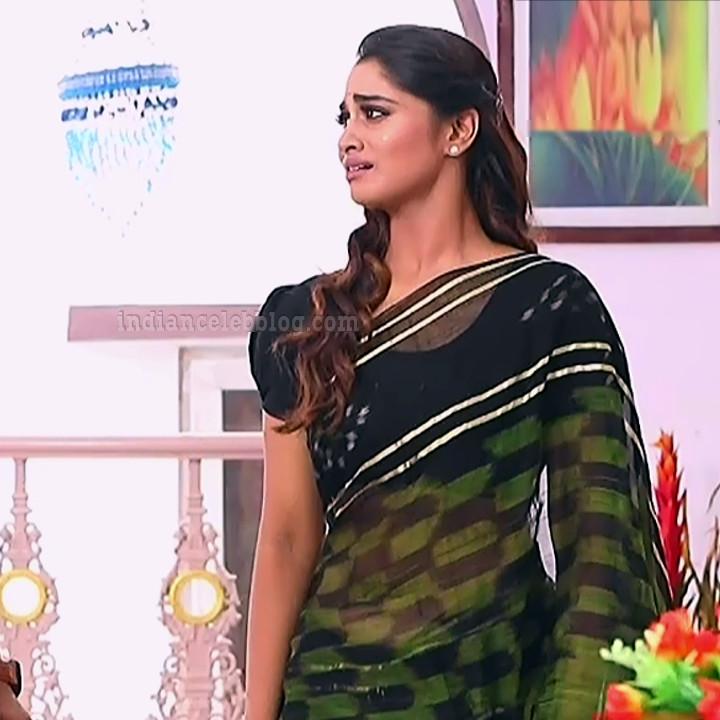 Shivani pagal nilavu S1 5 tamil tv serial actress saree photo