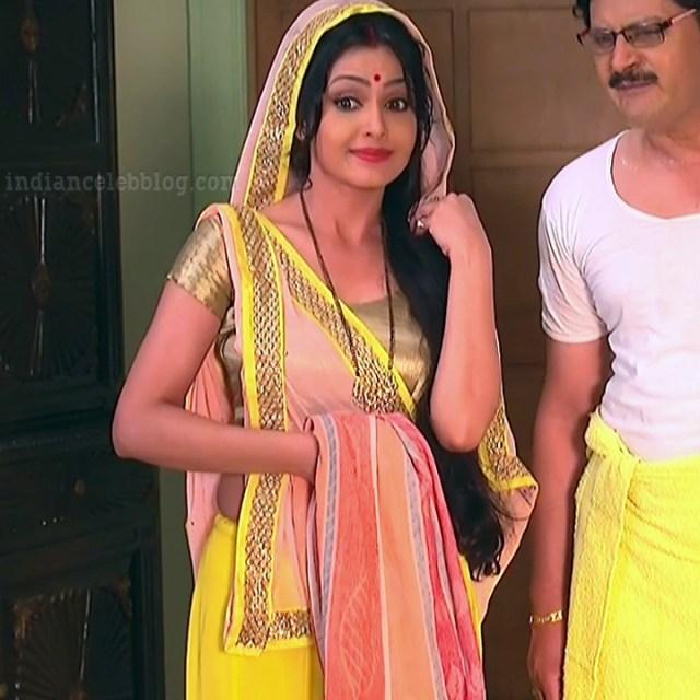 Shubhagi atre hindi serial Bhabhiji ghar 6 hot saree photo