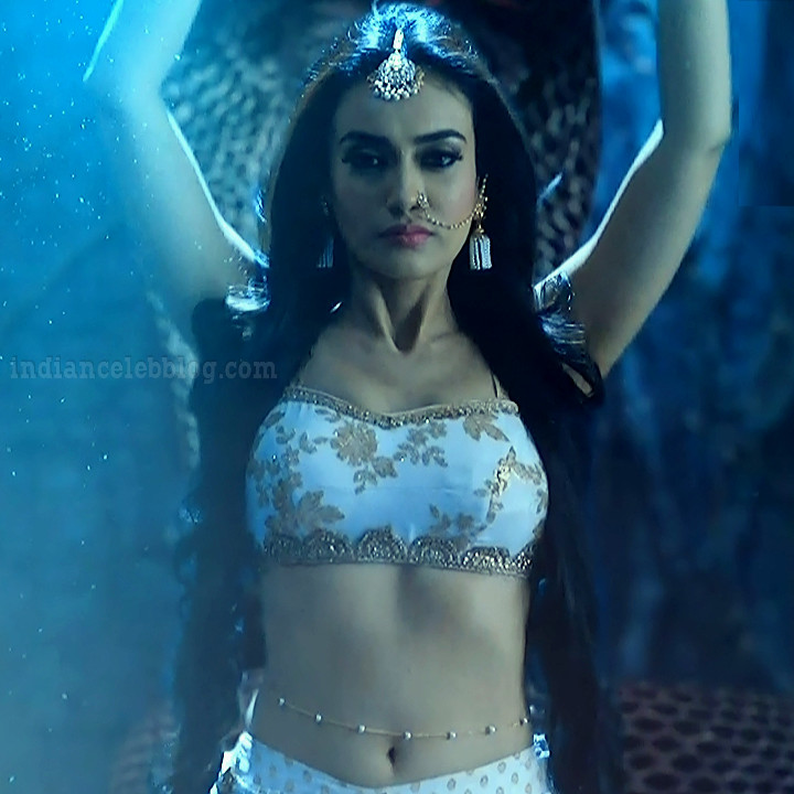 Surbhi jyoti Naagin 3 serial actress S5 11 hot photo