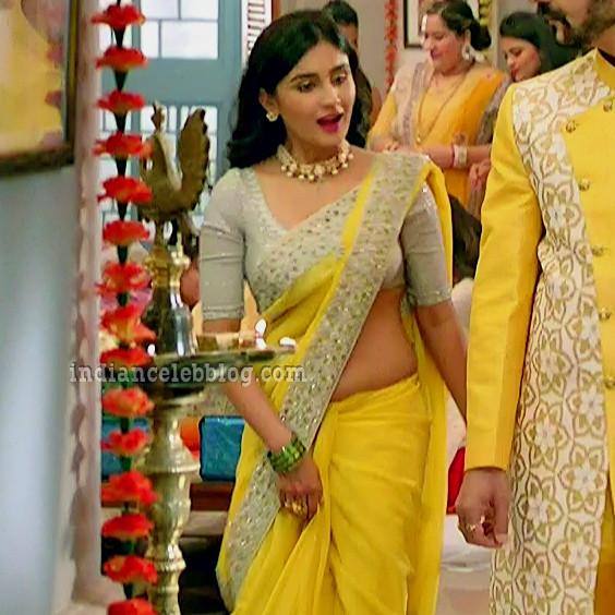 Antara banerjee hindi tv actress kasauti ZKS1 11 hot saree photo