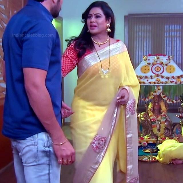 Tina naidy telugu serial actress swathi chinukulu s1 5 saree pics