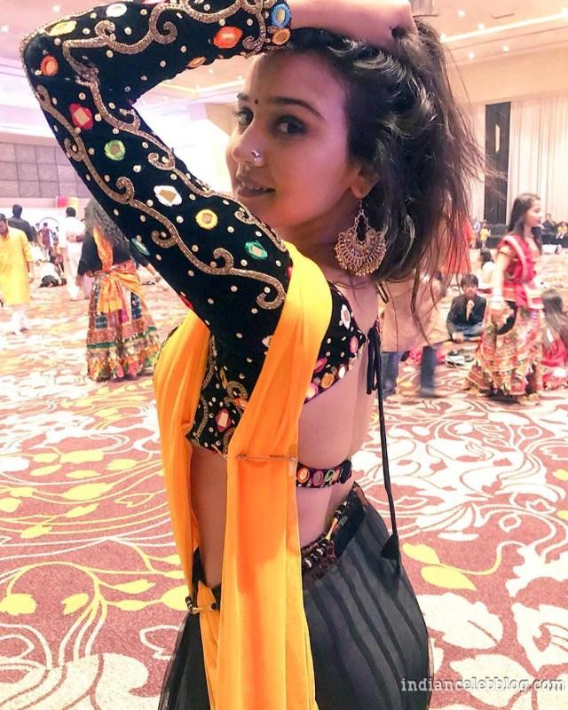 Ashi Singh hindi tv actress CTS1 2 hot photo_phatch