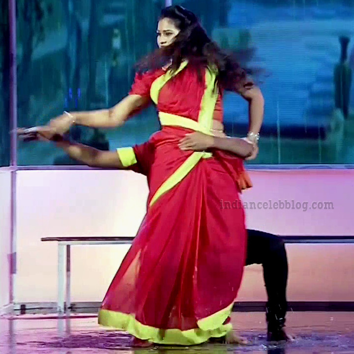 Bhavana Telugu TV anchor rangasthalam dance S1 1 hot pic