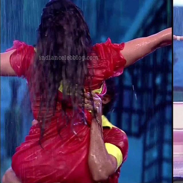 Bhavana Telugu TV anchor rangasthalam dance S1 10 hot photo