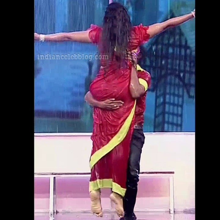 Bhavana Telugu TV anchor rangasthalam dance S1 11 hot photo