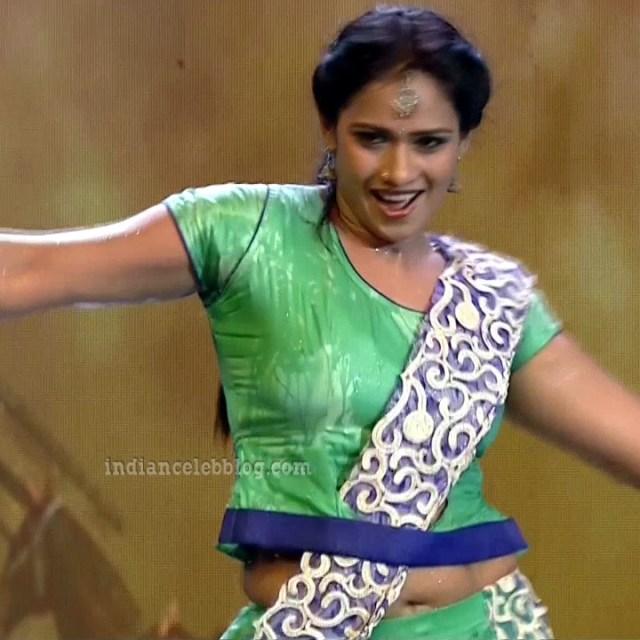 Bhavana Telugu TV anchor rangasthalam dance S1 21 hot pic