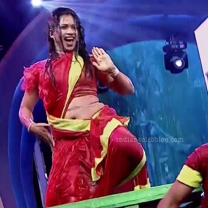 Bhavana Telugu TV anchor rangasthalam dance S1 4 hot navel pic