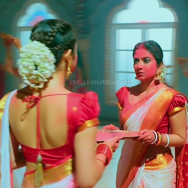 Drashti dhami silsila badalte S6 20 hot saree pic