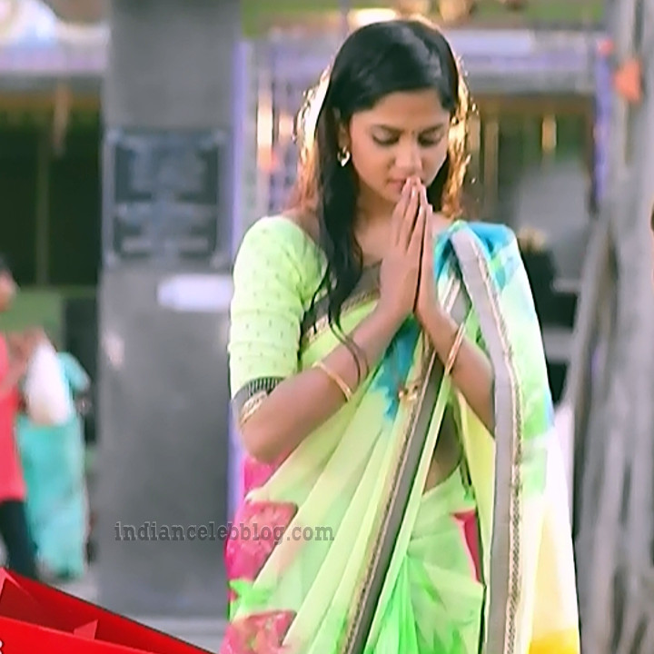 Raksha gowda Putmalli serial actress S2 12 saree pic