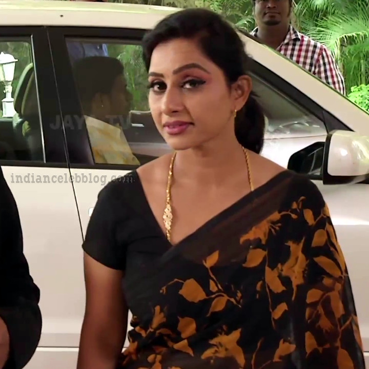 Rani tamil tv actress RangaVS1 9 hot saree photo