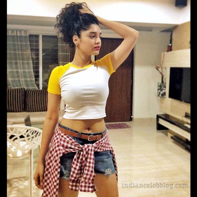Ritika singh tamil film actress CTS1 5 hot pic
