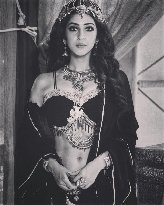 Sonarika bhadoria tv actress prithvi vallabh S3 12 hot photo