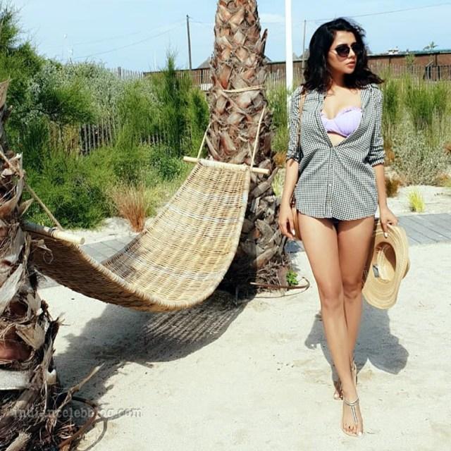 Ruhi singh CT S1 10 hot bikini photo