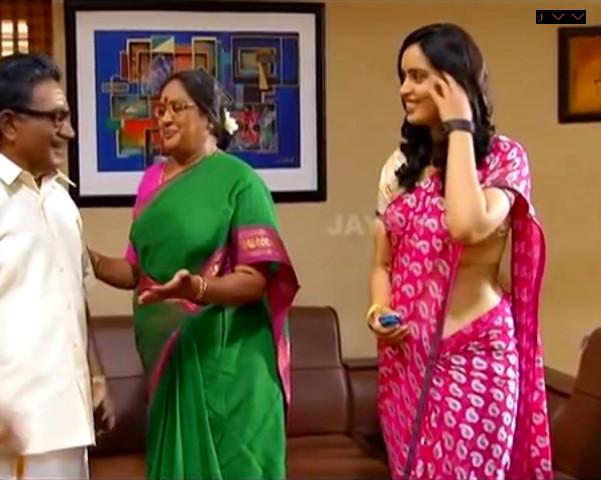 Kausalya_Tamil TV Actress-AKKA_7_Saree Navel