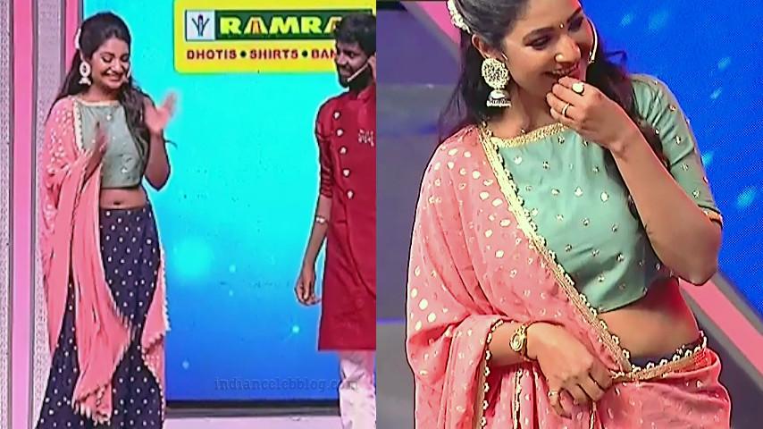 Sharanya turadi tamil reality tv show navel caps
