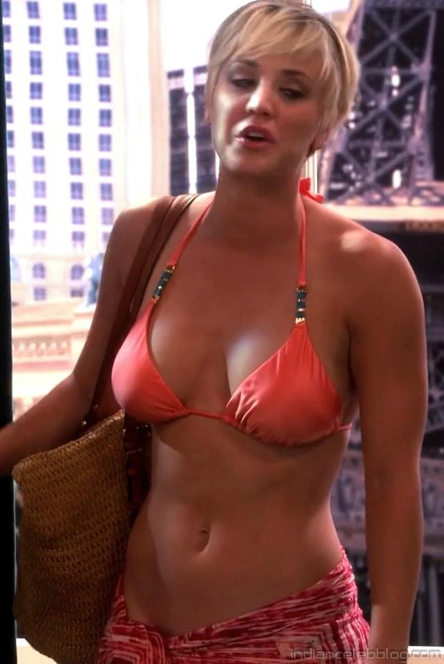 Cuoco bikini kaley Kaley Cuoco