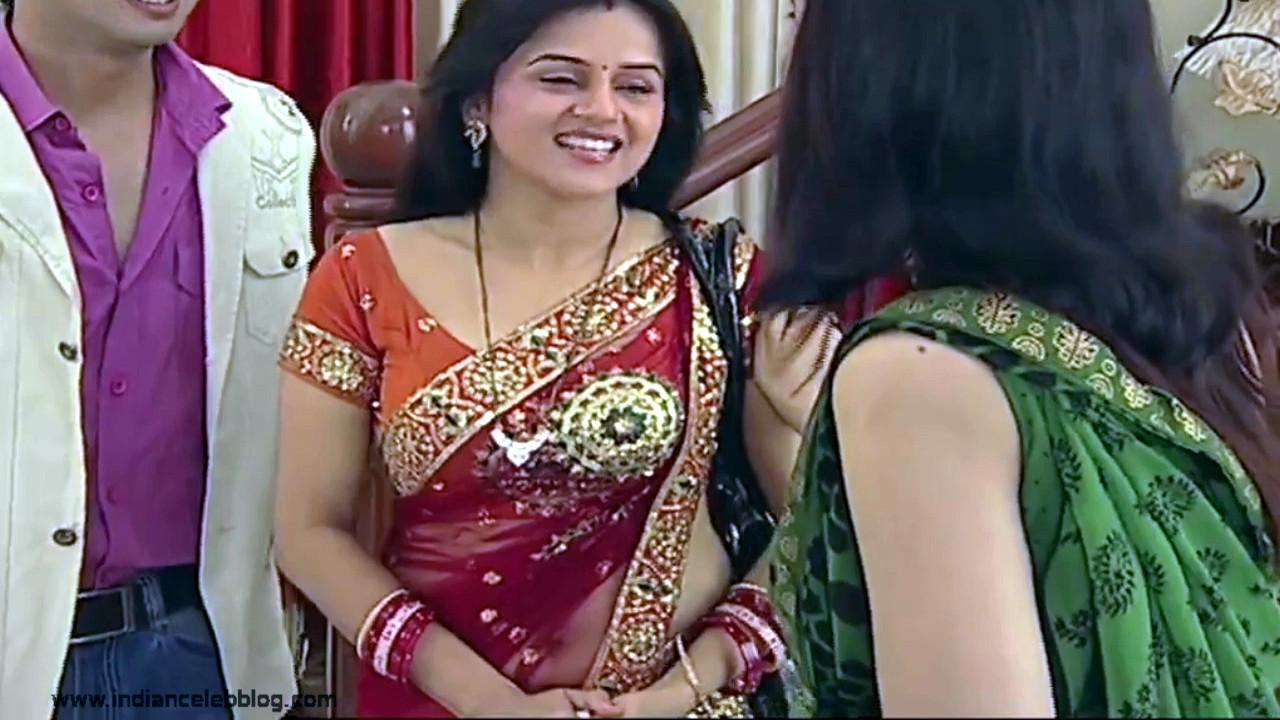 Jayshree soni hindi tv actress hot sari navel cleavage show Video