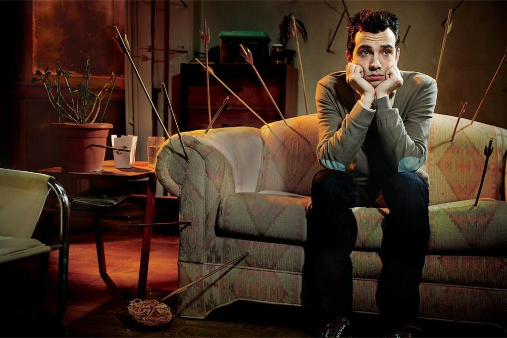 Josh, el prota de Man Seeking Woman