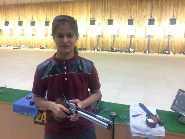 16 yrs old Manu Bhaker wins Gold in 10m air Pistol