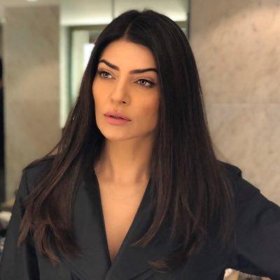 Bollywood Roundup: Sushmita Sen, Juhi Chawla, Sandhya Mridul, and