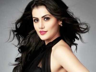 Bollywood Roundup: Taapsee Pannu, Amitabh Bachchan, Esha
