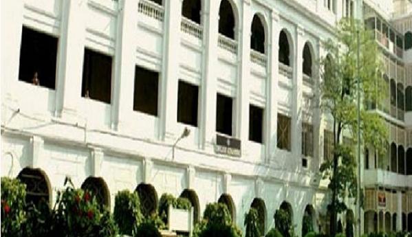 Calcutta, university
