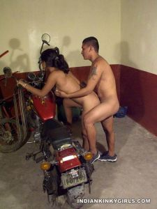 Desi-Girl-Fucked-By-Boyfriend-On-Bike-Sex-Images-10
