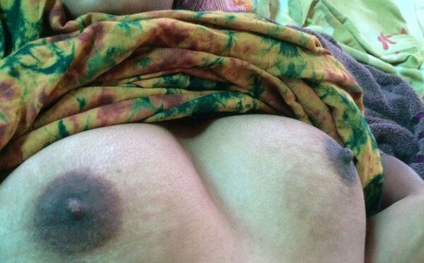 Indian Hairy Pussy Showing By Desi Wife In Bedroom