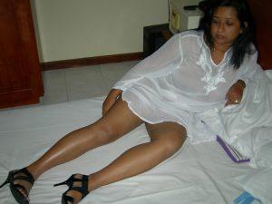 aunty nude