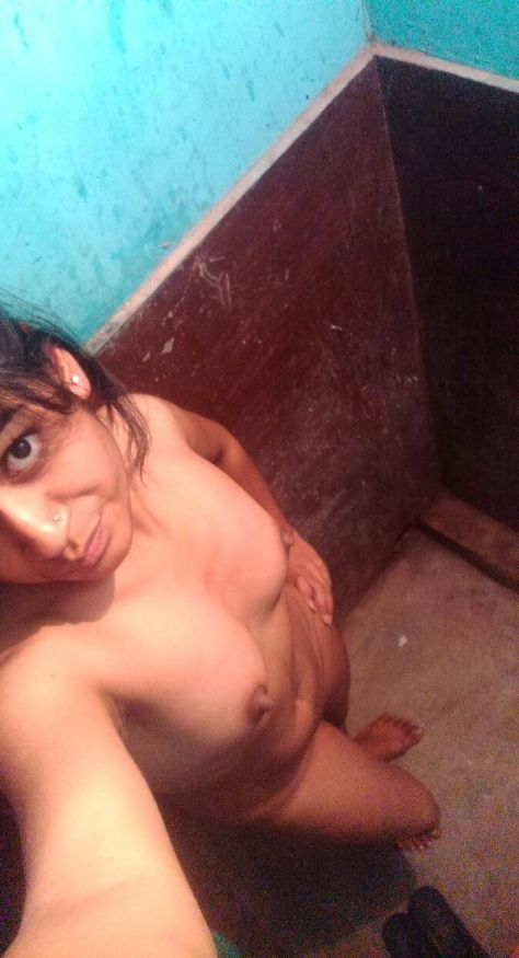 second pu rajkot girl nude secretly taken selfies hot 005