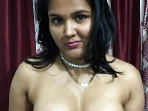Cute Housewife Samina Nude Ultimate Teasing Lover