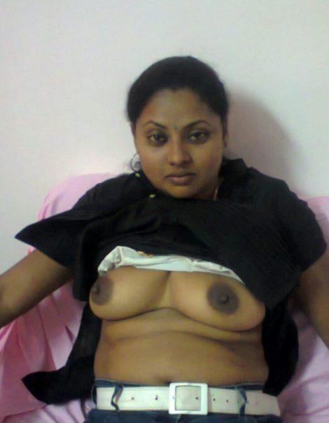 mallu bhabhi seems stripping for boss showing boobies 003