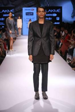 07_IMM_Indian_Male_Models_Bugatti