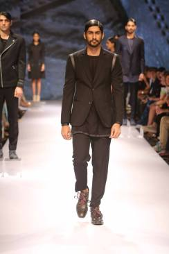 14_IMM_Indian_Male_Models_Bugatti