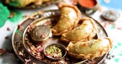 Diwali special gujiya recipe