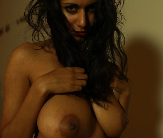 Gorgeous Nude Tits Indian Teen