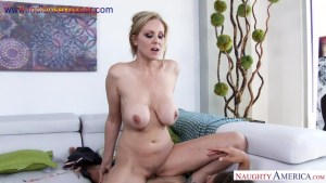 Julia Ann Tyler Nixon in My Friends Hot Mom Blowjob Hot Mom Family fuck Good fucking as doggy style Romantic playing with tits Big Boobs Full HD Porn00008