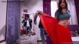 बलात्कार करते हुए जमाई राजा सीरियल की एक्ट्रेस शाइनी दोशी का नंगे फोटो xxx photo Jamai Raja Actress Shiny Doshi Rape photo (6)