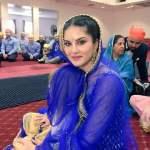 सनी लियोनी भाई की शादी में Sunny Leone Brother Wedding Pic (4)