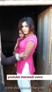 जवान माँ का बच्ची के सामने बलात्कार करते हुए Nude Images XXX pic Indian Full HD Porn (5)