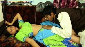 हरामी साहूकार उधार के बदले बीवी का जिस्म नोचते हुए नग्न फोटो indian porn pic बलात्कार के फोटो (9)