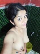 Indian School Girl XXX Zabardast Desi Girls Nude Naked Porn Photo Desi College Girl Tight Boobs Pics (9)