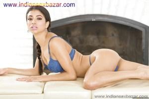 Leggy brunette Veronica Rodriguez strips off bra and panties to pose nude Pornstar Leggy brunette XXX nude photo (6)