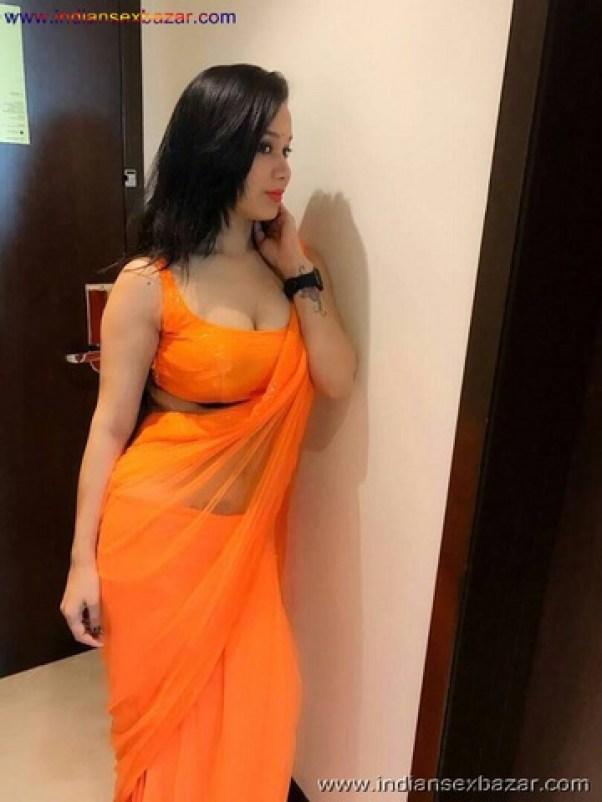 Sexy Indian School and college girls Girl with Big Tits बड़े बूब्स वाली इंडियन स्कूल गर्ल फोटो नंगी फोटो (30)