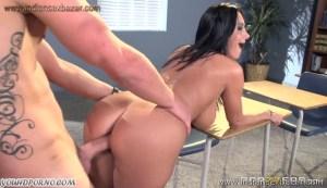 Sexy Mature Busty teacher seduced a young boy Full HD Porn FREE Download XXX00018
